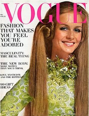 Vintage Vogue magazine covers - mylusciouslife.com - Vintage Vogue November 1967 -Twiggy.jpg