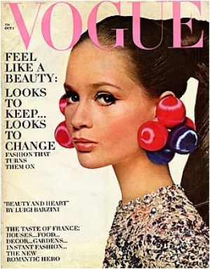 Vintage Vogue magazine covers - mylusciouslife.com - Vintage Vogue October 1966 - Celia Hammond.jpg
