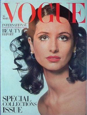 Vintage Vogue magazine covers - mylusciouslife.com - Vintage Vogue UK March 1968.jpg