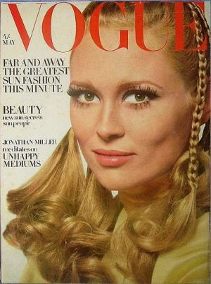 Vintage Vogue magazine covers - mylusciouslife.com - Vintage Vogue UK May 1968.jpg