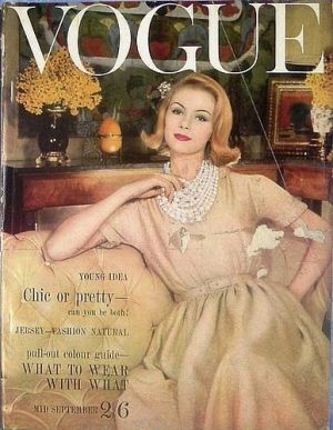 Vintage Vogue magazine covers - wah4mi0ae4yauslife.com - Vintage Vogue UK September 1960.jpg