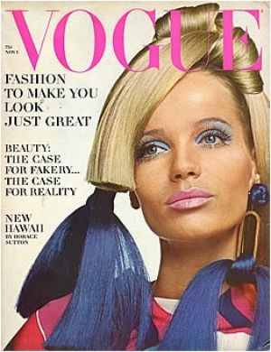 Vintage Vogue magazine covers - mylusciouslife.com - Vintage Vogue November 1966 - Veruschka.jpg