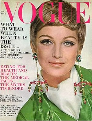 Vintage Vogue magazine covers - mylusciouslife.com - Vintage Vogue June 1967.jpg