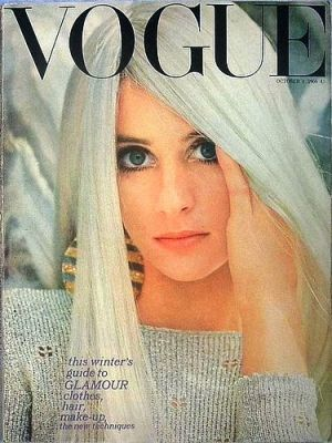 Vintage Vogue magazine covers - mylusciouslife.com - Vintage Vogue UK October 1966.jpg