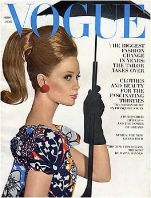 Vintage Vogue magazine covers - mylusciouslife.com - Vintage Vogue July 1963 - Celia Hammond.jpg