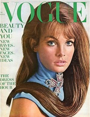 c80-Vintage Vogue magazine covers - mylusciouslife.com - Vintage Vogue October 1967 - Jean Shrimpton.jpg