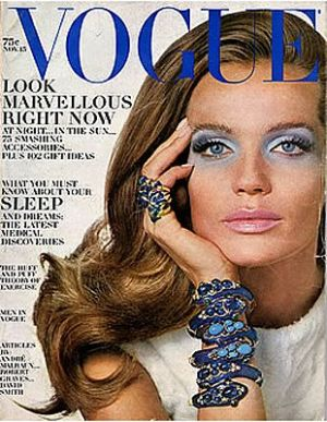 Vintage Vogue magazine covers - wah4mi0ae4yauslife.com - Vintage Vogue November 1968.jpg