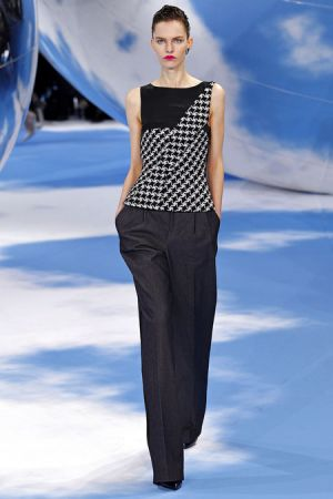 Christian Dior Fall 2013 RTW collection42.JPG