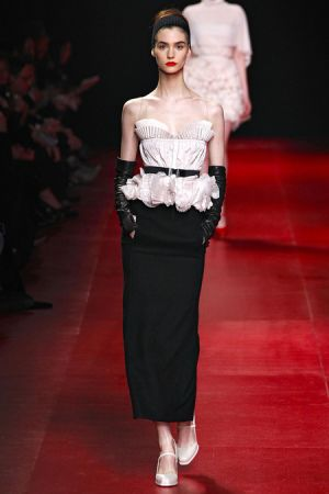 Nina Ricci Fall 2013 RTW collection35.JPG