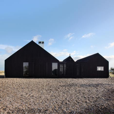 Architecture Shingle House In Dungeness Kent Uk By Nord