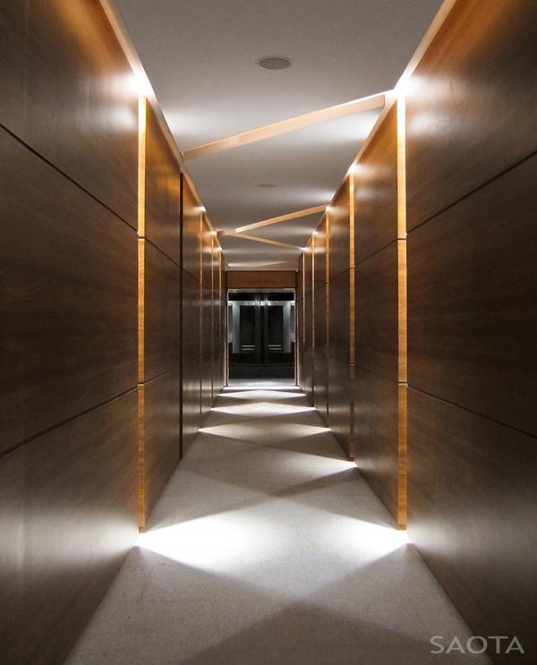 Hospital Corridor Lighting Design: STYLISH HOUSES: Villa Sow In Dakar, Senegal