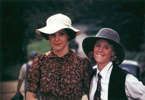 Fashion from Fried Green Tomatoes 1991.jpg