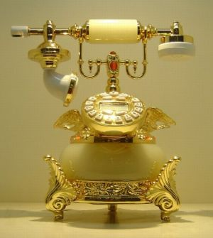 Old style phone pictures - Antique phone gold.jpg