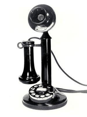 Old style phone pictures - Antique phone.jpg
