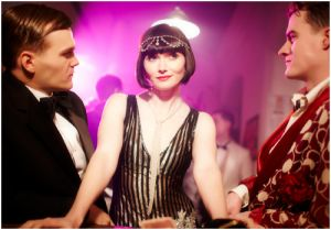 Historical fashion pictures - Essie Davis as Miss Fisher - 1920s fashion style.jpg