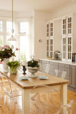 Decorating a kitchen - photos - Kitchen renovation pictures via Luscious.jpg