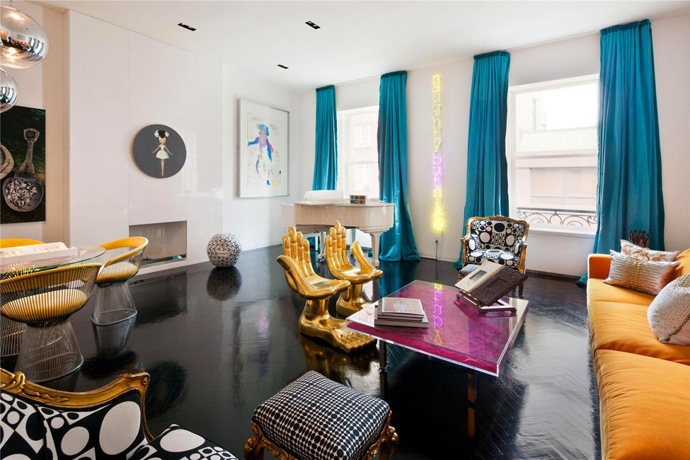 A colourful life an upper east side new york triplex for Jonathan adler interior design