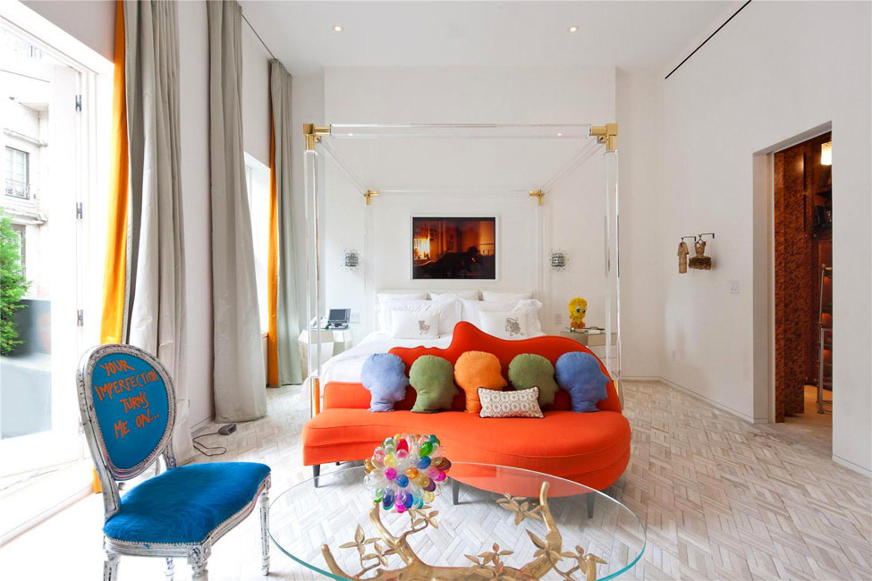 A COLOURFUL LIFE: An Upper East Side, New York triplex interior, designed  by Jonathan Adler