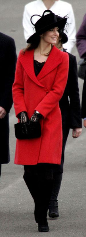 Duchess style images - Photo of Kate Middleton pregnancy style - red coat.jpg