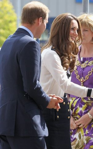 Duchess style images - Pics of Kate Middleton - prince-kate via myLusciousLife.com.jpg