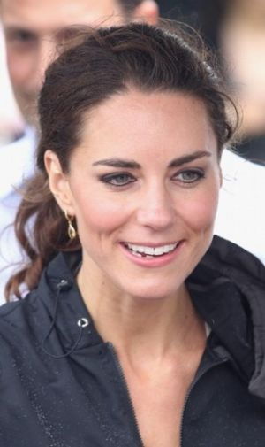 Ladylike fashion images - Kate at Dragon Boat event via myLusciousLife.com.jpg
