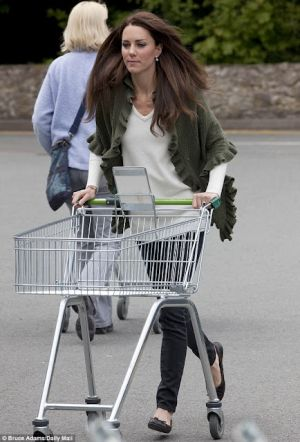 Photo of Kate Middleton style - everyday shopping waitrose kate.jpg