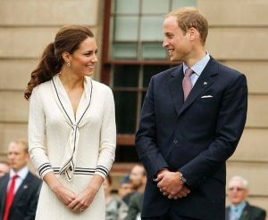 Pics of Kate Middleton - fashion - The Sarah Burton for Alexander McQueen knit dress.jpg