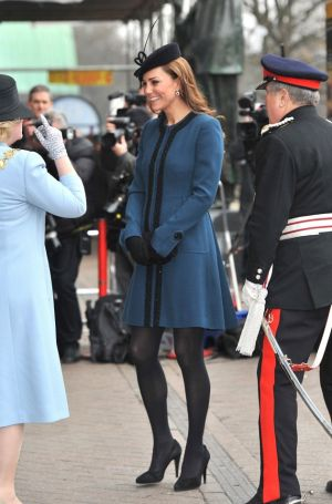 Pics of Kate Middleton - ladylike dresses - Kate-Middleton-Pregnant-Style-Photos.jpg