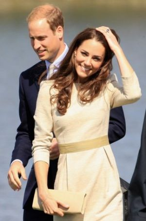 Photo of Kate Middleton style - Prince William and Catherine the Duchess of Cambridge in Yellowknife.jpg