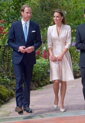 Royal photography - Pics of Kate Middleton - kate-middleton-outfits-03.jpg