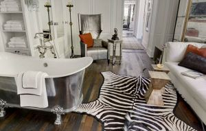 gwyneth paltrow chris martin new los angeles home - bathroom.jpg
