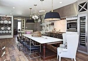 paltrow-kitchen-5-Mandeville Canyon Los Angeles.jpg