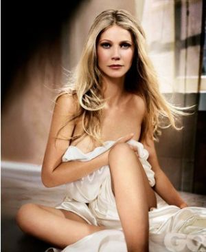 Celebrity style - GPaltrow1_GQ_26apr11_VincentPeters_b.jpg