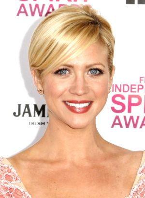 brittany-snow-chic-sophisticated-blonde-updo-hairstyle.jpg
