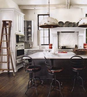 Stylish black and white decorating ideas - rustic minimalist via mylusciouslife.jpg