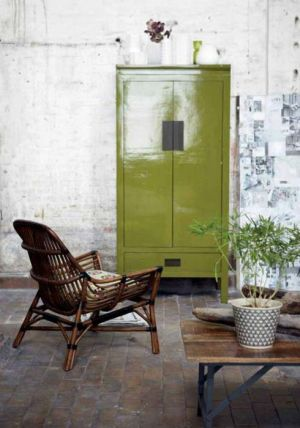 luscious green Chinese inspired lacquer cabinet.jpg