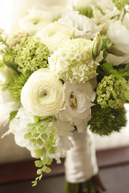 Beautiful Pale Green Bedrooms: Gatsby Style: 1920s Wedding Inspiration