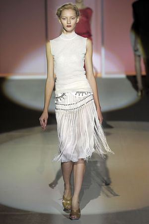 Fashion inspired by 1920s Inspired Gowns in Alberta Ferretti Spring Summer 2009 Collection.jpg