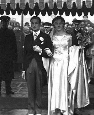 The wedding of Brian Guinness and the Hon Diana Mitford in 1929.jpg