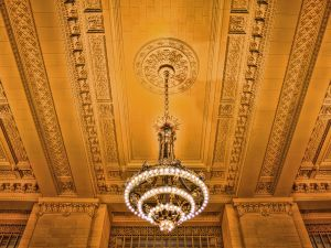 Photos of Beaux Arts style - Grand-Central-Terminal-Chandelier.jpg