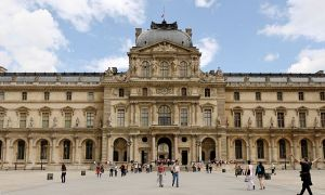 Pictures of Beaux Arts style - Pavillon de lHorloge Palais du Louvre in Paris.jpg