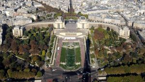 Pictures of Beaux Arts style - Trocadero site of the Palais de Chaillot Paris.jpg