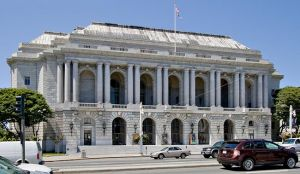 The War Memorial Opera House in San Francisco Civic Center.jpg