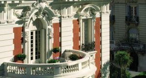 beaux arts architecture of La Mansion _buenos Aires via myLusciousLife.com.jpg