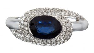 Bergio 18kt White Gold and Sapphire Ring.jpg