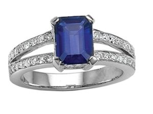 FineJewelers.com Sapphire Ring.jpg