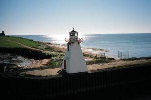 PEI_Canada-Lighthouse_on_Prince_Edward_Island.jpg