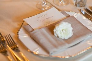 1920 s wedding theme - wedding table setting.jpg