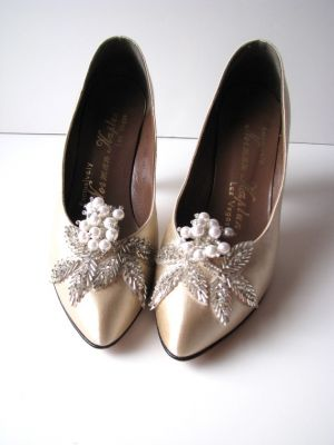1920s inspired wedding shoes.jpg