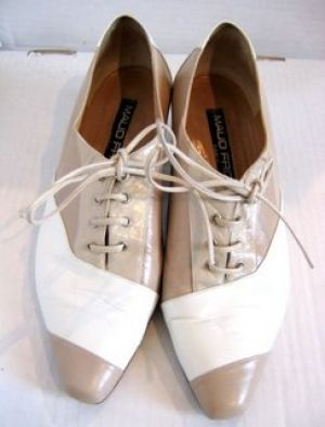 Maud Frizon - cream oxford laceups.jpg